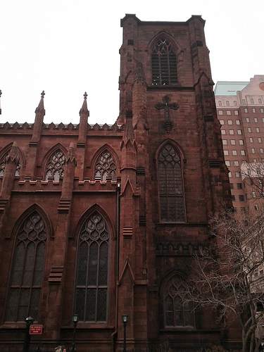 /blog/entries/2011/01/08/photo_tour_of_brooklyn_heights/church2-5c200b84b73a.min.jpg